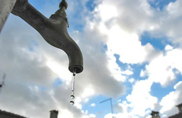 Risultati immagini per Il fallimento dell'acqua privatizzata