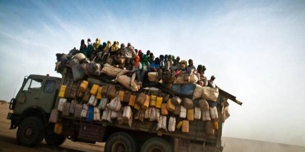 """70 milioni di persone in fuga. """"Fili spinati e muri sono inutili"""""""
